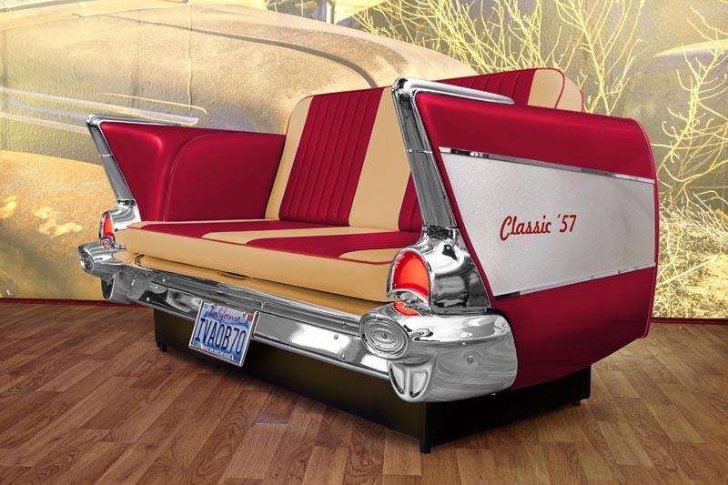 autosofas mit heck von amerikanischen oldtimern der 50er jahre. Black Bedroom Furniture Sets. Home Design Ideas